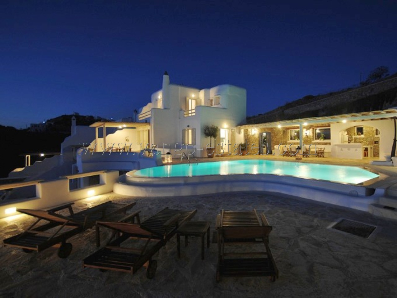 Nice Luxury villa in Private complex with private pool