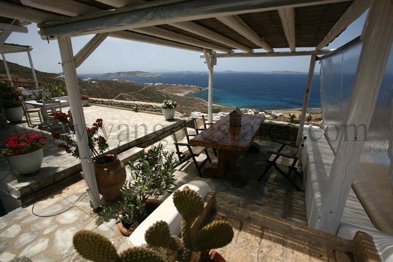 House with panoramic view for sale in Choulakia Mykonos