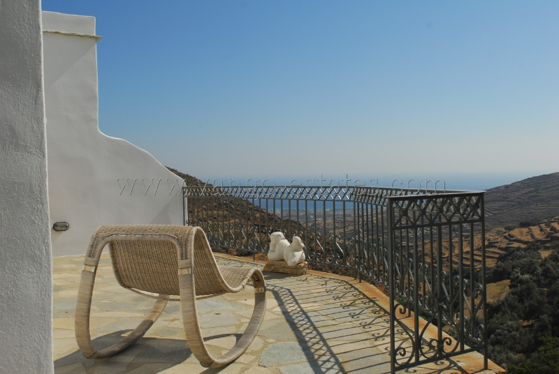 Traditional house for sale Triandaros Tinos