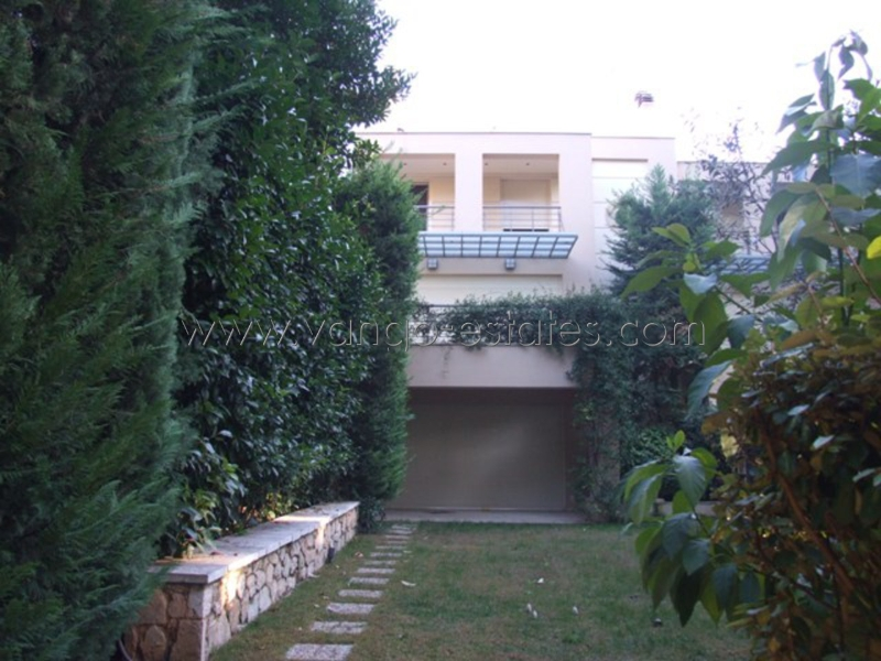 Nice house, on three floors with big garden for rent Athens