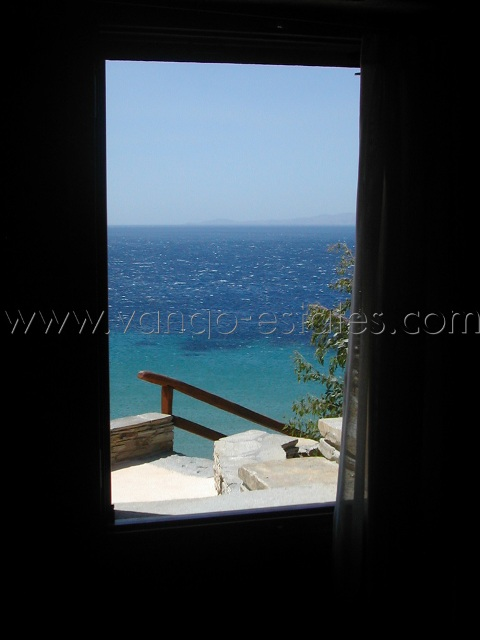 Maison à louer Agios Petros bord de mer Tinos