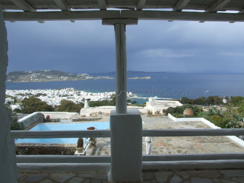 Mykonos house for sale in private complex in town SOLD