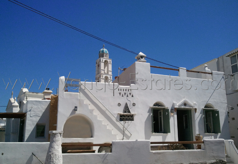 Listed house for sale in Kambos village, Tinos
