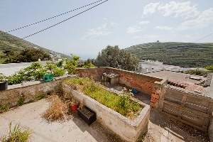 Listed house in Karia / Real-estate