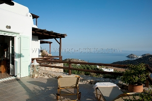 Holiday house in Lia with garden and sea view  / Holiday-Rentals