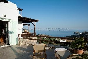 Maison de vacance à Lia avec jardin et vue mer / Location de vacance