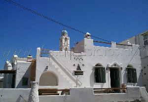 Listed house for sale in Kambos village, Tinos / Real-estate